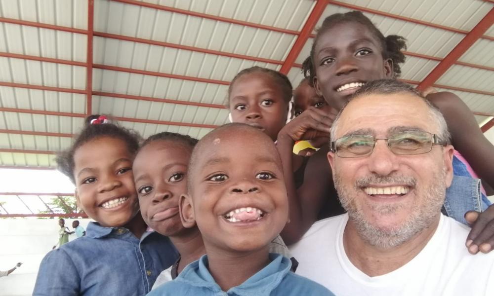 """Julián Díez, Misionero en Haití: """"La pobreza golpea tan fuerte que conmociona"""""""